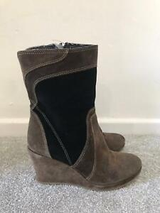 Clarks Boots Size 6 D Brown Suede Wedge Calf Boots EU 39