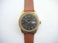 Vintage Soviet Raketa Day/Date 2628 hand wind watch