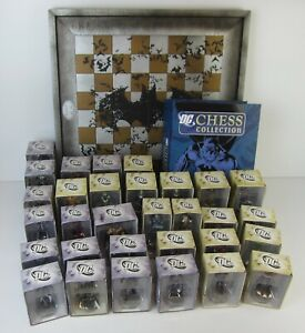 EAGLEMOSS DC COMICS CHESS COLLECTION BATMAN SET-31 PIECES+CHESS BOARD,MAGAZINES