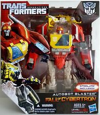 AUTOBOT BLASTER Transformers Generations Fall of Cybertron Voyager Class 2012
