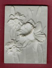 Flower tile #6: Daffodil plaster of paris painting project. Single tile.