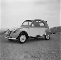 Citroen 2CV 1955 OLD CAR ROAD TEST PHOTO 3