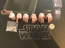Hot Toys Star Wars Grand Moff Tarkin Hands x 6 & Pegs MMS434 loose 1/6th scale