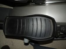 Precor 556i elliptical foot peddles pegs