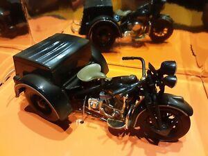 moto sidecar harley davidson 1/18 servi car noir nacre maisto
