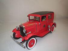 """Motor City Classics"""" 1931"""" Ford Model A firemen Tudor 1:18 sin embalaje!"""
