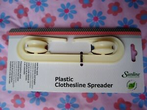 Household Essentials plastic clothesline spreader 288