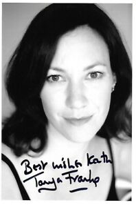 TANYA FRANKS HAND SIGNED THE BILL BROADCHURCH EASTENDERS HOLBY DOCTORS Photo