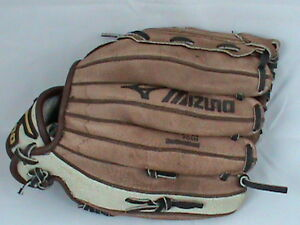 Mizuno 10 inch Max Flex GPP 100 Right Handed Baseball Glove