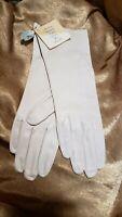 Perrella Ladies Sz 7 1/2 Chiffonweight Ivory Machine Washable Driving Gloves