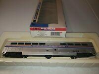 Walthers Amtrak Superliner II DiNING CAR 932-6131 Amtrak Phase IV 3800 used