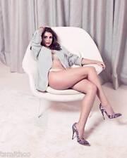 Morena Baccarin 8x10 Photo 001
