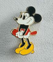 Disney character Minnie Mouse enamel badge/pin size 33 x 17 mm