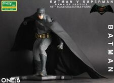 NEW DC COMICS BATMAN V SUPERMAN FIGHTING BATMAN 1/6TH COLLECTIBLE FIGURE TOYS