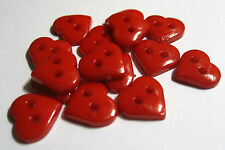 15 X Red Plastic 2-hole Heart Shape Buttons 10mm Wide (fb6c)