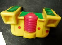 G2 Drench 1993 Vintage Hasbro Transformers Action Figure part rear guard squirt