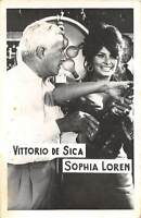 B55168 Vittorio de Sica and Sophia Loren Couple Acteurs Actors 9x7cm