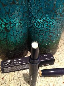 AVON Perfect Wear All-Day Comfort Eye Shadow PISTACHIO New in Box