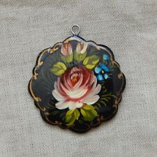 Pendant / drop, hand painted lacquered focal, black/red flower, 30mm