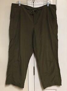 Columbia Sportswear Capri Cargo Pants Army Green Camping Hiking Women's Large