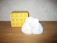 MARBELL STONE ART *NEW* Statue pierre blanche Fille-garçon assis HxL:10x14cm
