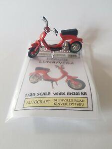 Lambretta LUI / VEGA /LUNA scooter metal model kit approximately 1/24 scale