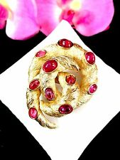 RARE CROWN TRIFARI CRANBERRY GRIPOIX CABOCHON MOGHUL INDIA COILED SNAKE BROOCH