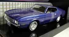 Motormax 1/24 Scale 73200AC 1971 Ford Mustang Sportsroof Blue Diecast model car
