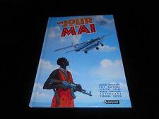 Collectif : Aguiar / Bouchard : Un jour de mai Editions Paquet 05/2007 1°édition