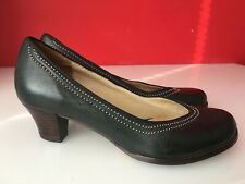 Clarks Bombay Black Leather Ladies Low Heel Pumps Dolly Shoes Size 3.5 D EUR 36