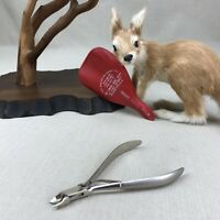 REVLON 2024 Vintage Cuticle Nippers trimmers in original red sheath case