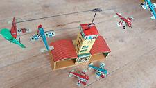 Hoch & Beckmann Flugzeugspiel Tower Uhrwerk Blech 50er Jahre mit den Flugzeugen