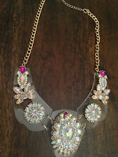 STATEMENT CHUNKY CLEAR ACRYLIC PERSPEX FLORAL pink BIB NECKLACE crystal gems