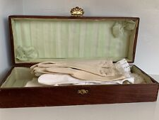 Wooden Glove Box with Assorted White Gloves, Inc. Fownes, Crescendo