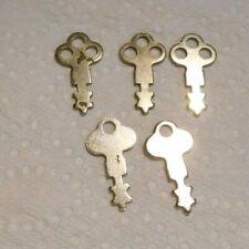 Lot 5 Small Vintage Silver Flat Skeleton Keys Dispenser Luggage Suitcase Other