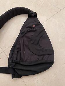 victorinox crossbody Bag