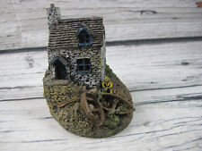 Christopher Holt Village Collection #609 Fishermans Cottage Miniature Britain