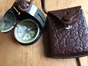 Original Bezard Kompass Militär Mit Tasche Etui, alt