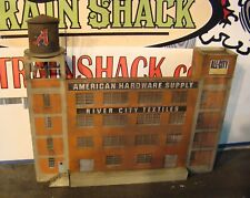 HO Scale Building Walthers American Hardware Background Building Built Weathered