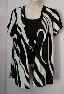 LADIES BLACK AND WHITE OPEN BLOUSE WITH ATTACHED VEST TOP PLUS SIZE 24