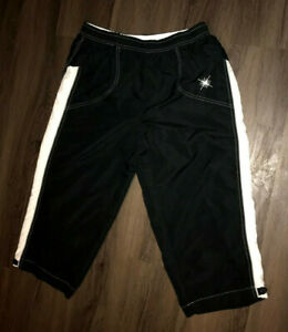 Wilson Black And White Mesh Lined Size Large Capri Athletic Pants Womens 22L
