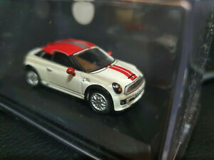 Oxford Diecast 76MC001 Mini Coupe Pepper White and Chilli Red 1/76 scale
