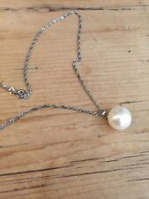 classic pretty shell pearl hung on silver plated chain necklace