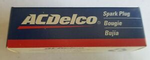 Lot of Seven(7) AC-Delco Spark Plugs R42XLS 5613100 - Ships FREE from the USA