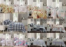 Beautiful Floral Vintage Patchwork Quilted Bedspread / Throw with 2 PillowShams