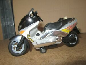164I Toy Metal Made IN China Scooter Peugeot Satelis 125 Length 12 CM