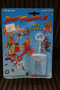 Vintage NEW Street Fighter II Guile Figure Keychain Key Chain Capcom Placo Toys