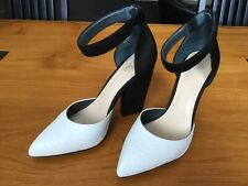 Wittner Black & White Shoe.. Ankle Strap.. Inner Wedge..with Stylish Heel 38 New