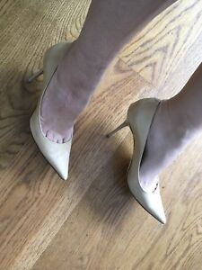 JIMMY CHOO POINTED TOE BEIGE NUDE PATENT PUMPS SHOES SIZE 35 1/2 UK 2.5 US 5.5