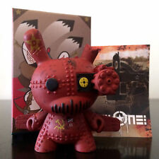 "DUNNY 3"" ART OF WAR SERIES DRILONE RED MYSTERY VARIANT ?/? CHASE KIDROBOT FIGURE"